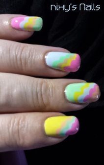 And I made an error on my ring finger, the pink should have been the third colour I used.